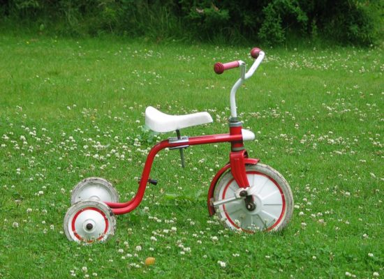 camping-lolotte-activiteiten-actief-kinderen-fietsen